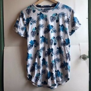 HOLLISTER Must-Have White Blue Hawaiian Floral Tee